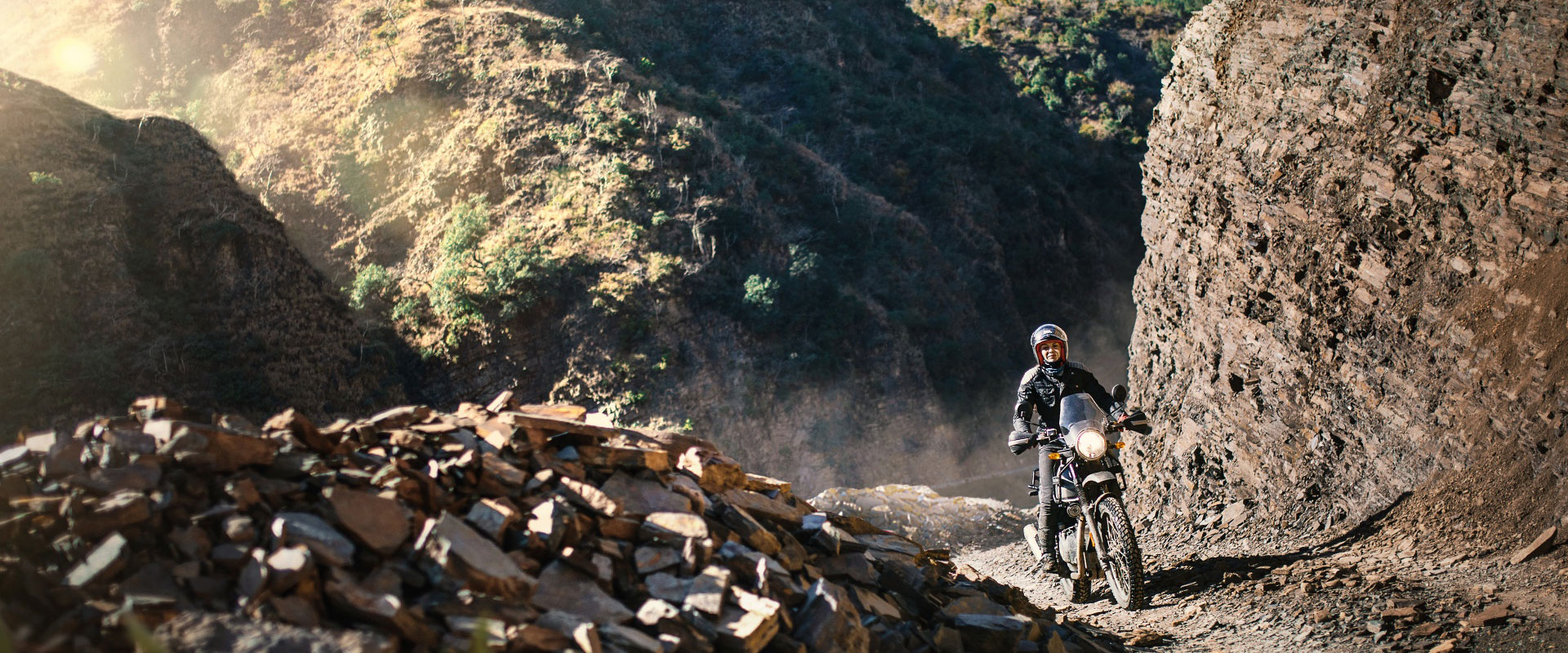 Hit the trail with the Royal Enfield Enfield Himalayan